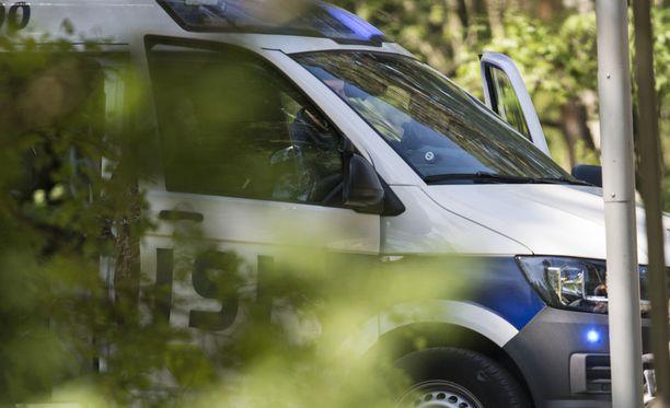 Liikennerikkomukset työllistivät Oulun poliisia lauantaina ja sunnuntaina.