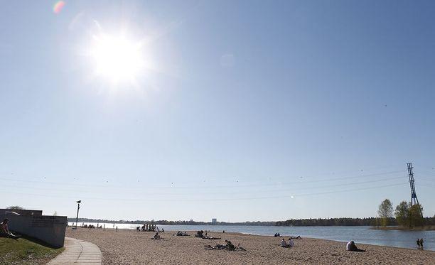 Etenkin eteläosissa maata sekä sisämaassa aurinko paistaa tällä viikolla laajalti.