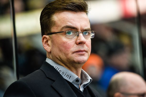 Aiemmin SaiPaa ansiokkaasti luotsannut Pekka Tirkkonen palaa SM-liigaan.