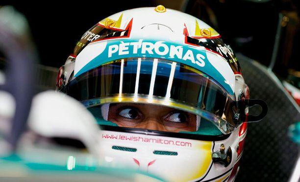 Lewis Hamilton oli perjantaina varsin luottavainen.