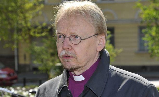 Kari Mäkinen pyysi anteeksi homoseksuaaleilta.