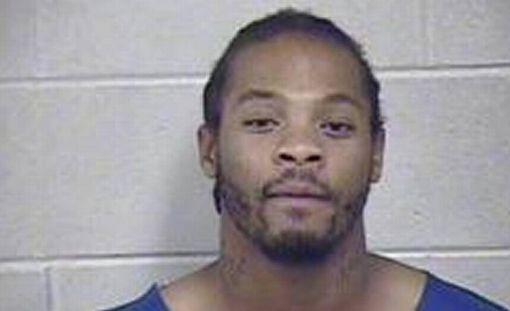 Sykesin hallusta löytyi kolme käsiasetta ja huomattava määrä kokaiinia.