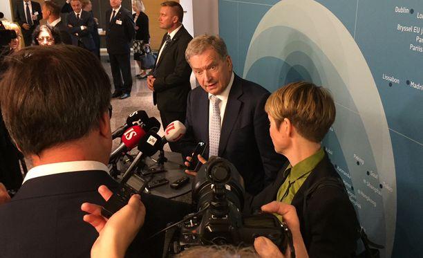 Presidentti Sauli Niinistö pohdiskeli suomalaisten sielunmaiseman syövereitä puhuessaan Suomen edustustojen päälliköille suurlähettiläspäivillä Helsingissä tiistaina.