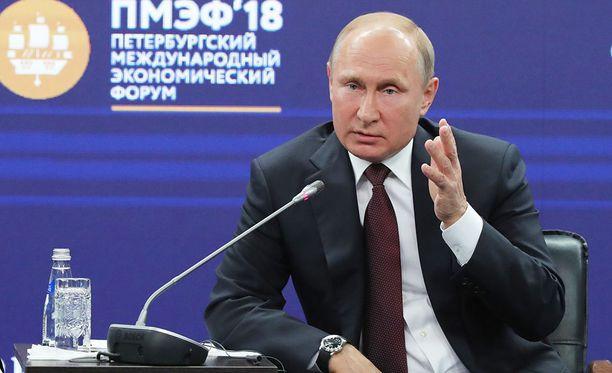 Venäjän presidentti Vladimir Putinin on tulkittu vihjailevan mahdollisesti paluusta pääministeriksi vuonna 2024.
