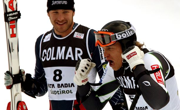 Kalle Palander oli suurpujottelun ykkönen Alta Badian maailmancupissa 2006. Bode Miller yhtyi hymyyn.