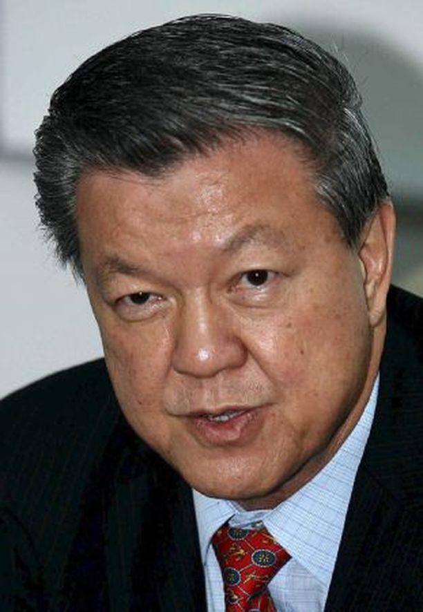 Malesian terveysministeri Chua Soi Lek harrastaa seksiä videonauhalla.