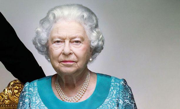 Kuningatar Elisabetin terveydentila on viime päivinä huolestuttanut brittejä.