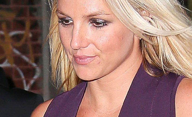 Vilahtaa, ei vilahda Ei näin, Britney!
