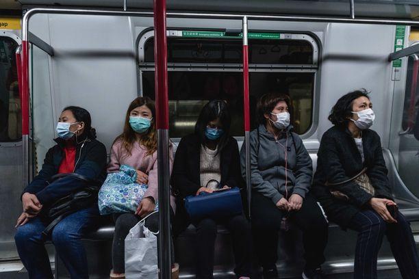 Kiinassa koronavirustartunnat ovat johtaneet jo lähes 260 ihmisen kuolemaan.