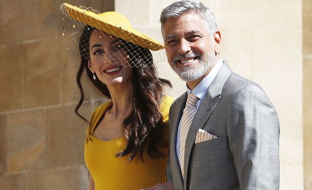 Amal Clooney ja George Clooney ovat näyttävä pariskunta Pariskunnan lapset täyttävät kesällä vuoden.