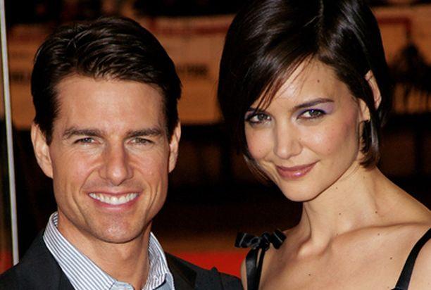 Katie sädehti aviomiehensä Tom Cruisen vierellä Valkyrie-elokuvan ensi-illassa.