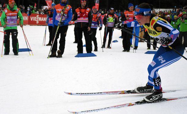 Krista Pärmäkoski kaatui tiistaina Oberstdorfissa. Kuva viime viikonlopulta Sveitsin Lenzerheidesta.