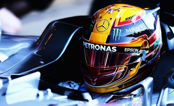 Lewis Hamilton uskoo ainakin puheidensa perusteella Ferrarin olevan tällä hetkellä nopein.