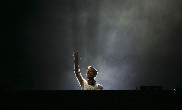 Yksi 2010-luvun suosituimmista muusikoista kuoli perjantaina. Hän esiintyi Suomessa kolmesti. Tämä kuva on Lissabonista Portufalista toukokuulta 2016