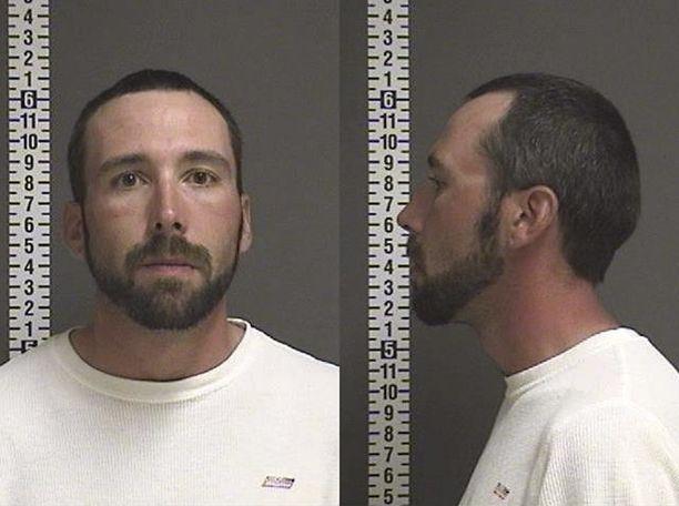 William Hoehn, 32, sai syytteet salaliitosta murhaan.