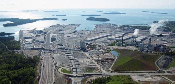 Vuosaaren satamaan johtava meriväylä on nyt valmis. Liikenteelle väylä avataan marraskuussa.