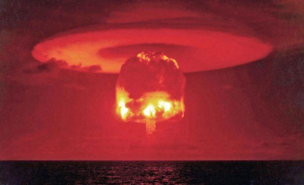 Tuomiopäivän kello on uhkaavan maailmantilanteen takia siirtynyt puoli minuuttia eteenpäin.