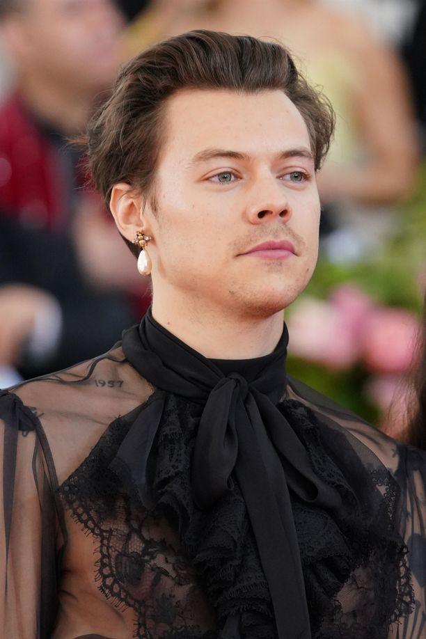 Laulaja Harry Styles ei ole sukua kuninkaalliselle vauvalle.