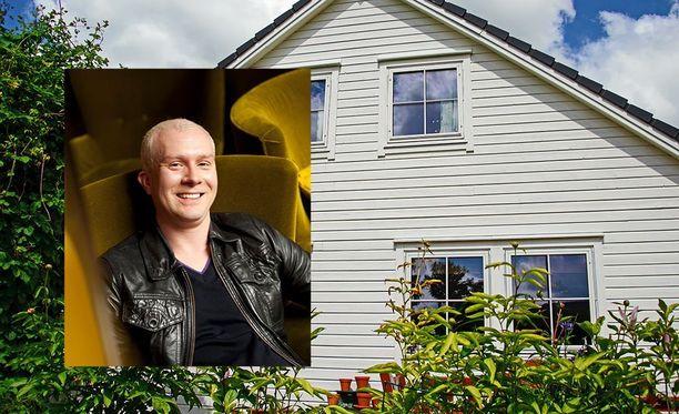 Lasten pois muutettua vanhoja huoneita voi yhdistää esimerkiksi isommaksi oleskelutilaksi, vinkkaa sisustusarkkitehti Mikko Vesanen.