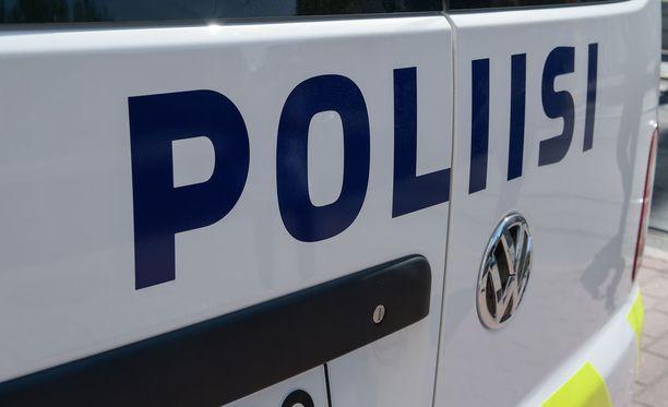 Sisä-Suomen poliisi kertoo tiedotteessaan 71-vuotiaan miehen kadonneen Tampereella sunnuntaina ja pyytää asiaan yleisön apua.