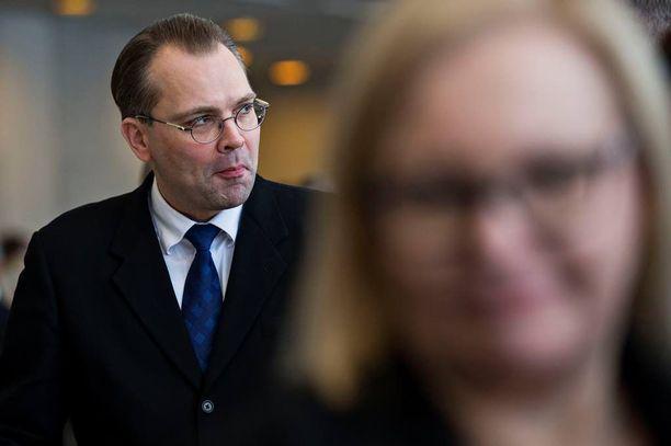 Ohjeistusta on kiristetty Jussi Niinistön (ps) ministerikaudella.