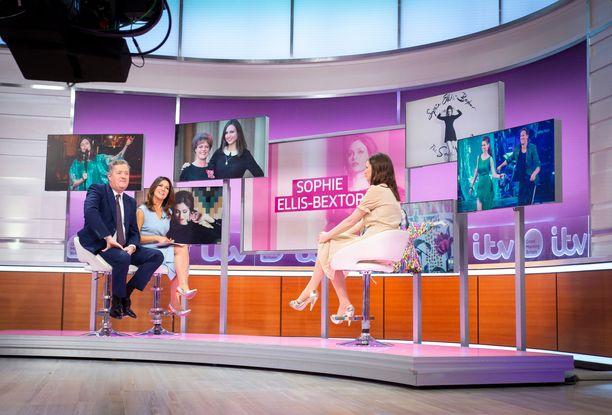 Sophie Ellis-Bextor Good Morning Britain -ohjelmassa puhumassa väleistään Meghaniin.
