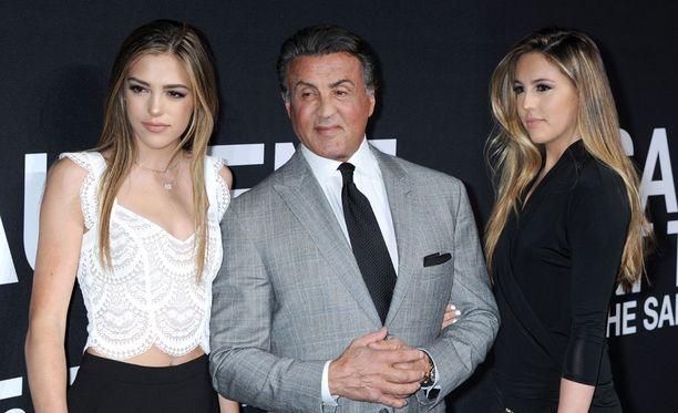 Sylvester Stallonella on kolme tytärtä.