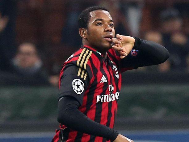 Robinho pelasi vuonna 2013 AC Milanissa. Nyt mies on ilman seuraa.