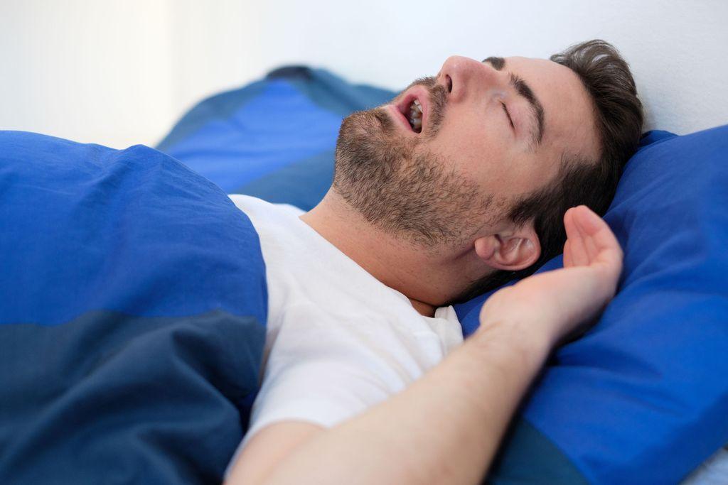 Petollinen uniapnea jää usein piiloon – uusi suomalaiskeksintö auttaa havaitsemaan sen kotona