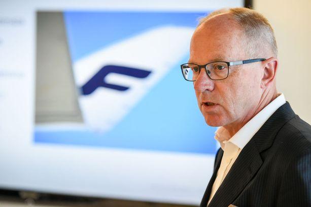 Toimitusjohtaja Pekka Vauramolle annettiin yllättäen suuri lisäeläkemaksu.