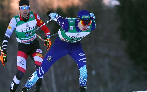 Ilkka Herola nousi ensimmäistä kertaa tällä kaudella palkintokorokkeelle – paransi hiihto-osuudella 11 sijaa!