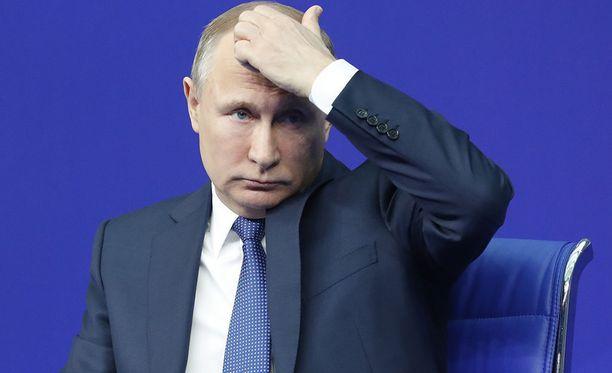 Vladimir Putin puhui tiistaina tulevista presidentinvaaleista luottohenkilöidensä kanssa Moskovassa.