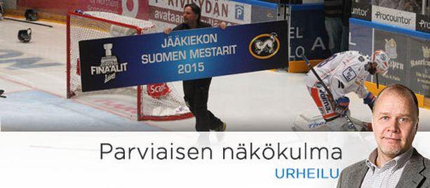 Kausi 2014-2015 päättyi Oulun Kärppien mestaruuteen.