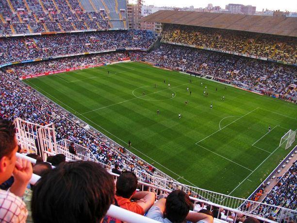 Valencian kotistadion Mestalla on tunnettu tunnelmastaan.