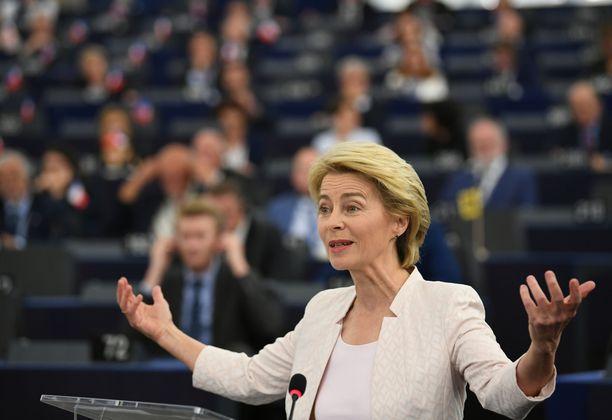 Saksan puolustusministeri Ursula von der Leyen on valittu EU-komission seuraavaksi puheenjohtajaksi.