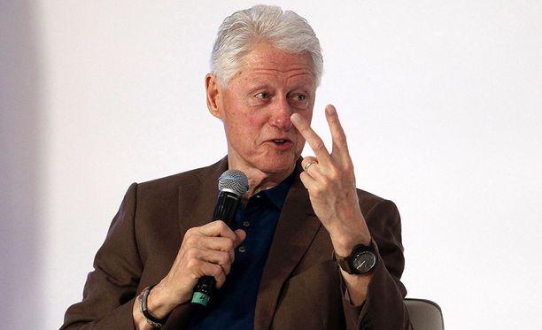 Yhdysvaltain entinen presidentti Bill Clinton on liittynyt Donald Trumpin arvostelijoiden joukkoon sen jälkeen, kun Trump kumosi Barack Obaman DACA-asetuksen.