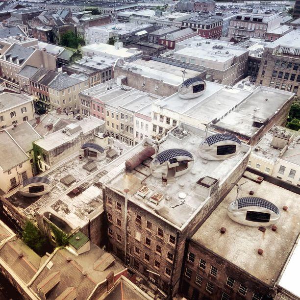 Suunnittelijoiden mukaan kapseliasunnon voi pystyttää vaikkapa kerrostalon katolle.