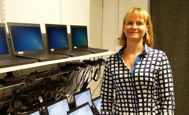 Reetta Kaukinen on perheyritys Tietokeskuksen johtohahmo.
