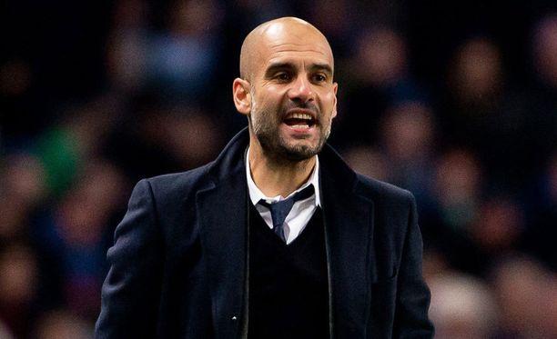 Pep Guardiola nousee ylivoimaiseksi palkkakuninkaaksi Manchesterissa.