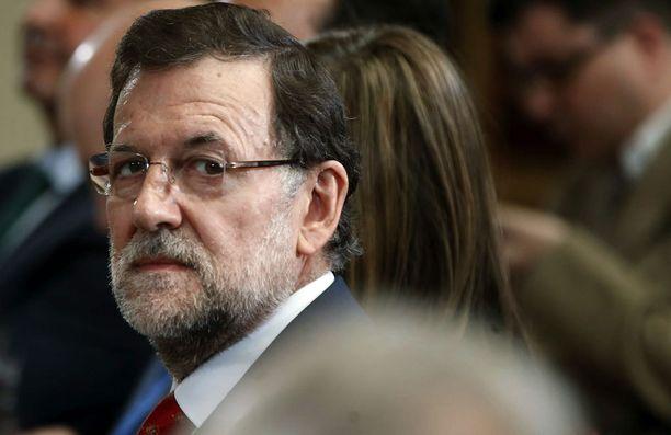 Pääministeri Mariano Rajoy saa sapiskaa ammattiliitoilta.