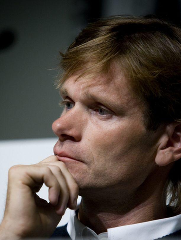 Marcu Grönholmin uran kohtalo ratkeaa parin viikon päästä.