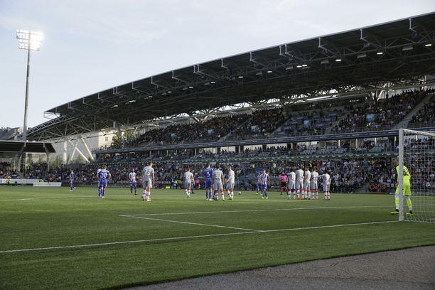 Veikkausliigan HJK pelaa ottelunsa Töölön jalkapallostadionilla.