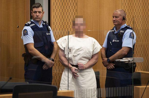 Brenton Tarrantille luettiin syytteet Christchurchin moskeijaiskuista.