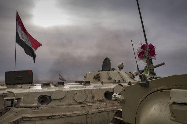 Irakin asevoimat valmistelee lähipäiville hyökkäystä Itä-Mosuliin.