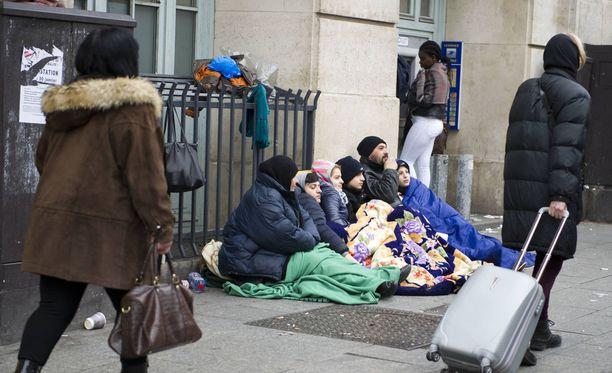 Ruotsin ennakoidaan kiristävän turvapaikkapolitiikkaansa. Se voi lisätä Suomen houkuttelevuutta turvapaikanhakijoiden keskuudessa, sanoo sisäministeriö Lännen Medialle. Kuvituskuva