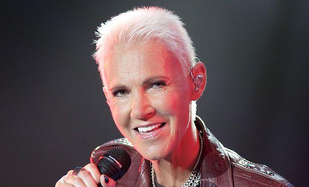 Marie Fredriksson syntyi Össjössä Ruotsissa 30. toukokuuta 1958.
