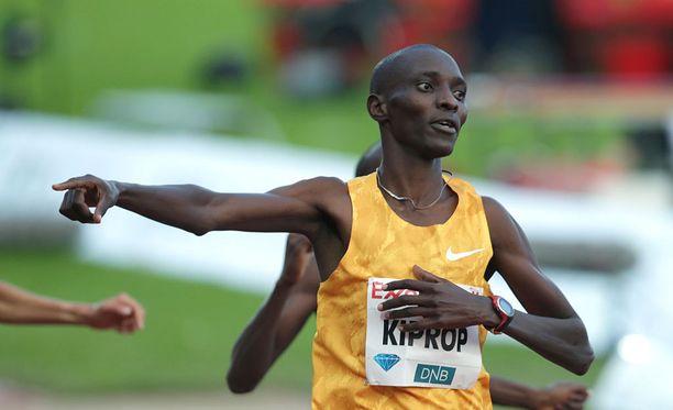 Kenian Asbel Kiprop juoksi kaikkien aikojen kolmanneksi parhaan ajan 1500 metrillä.