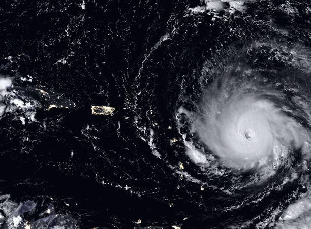 Hurrikaani Irma Suomi NPP -satelliitin kuvaamana Atlantilla.