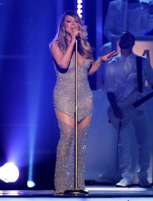 Mariah Carey esiintyi 18 vuoden tauon jälkeen Billboard Music Awardseissa.