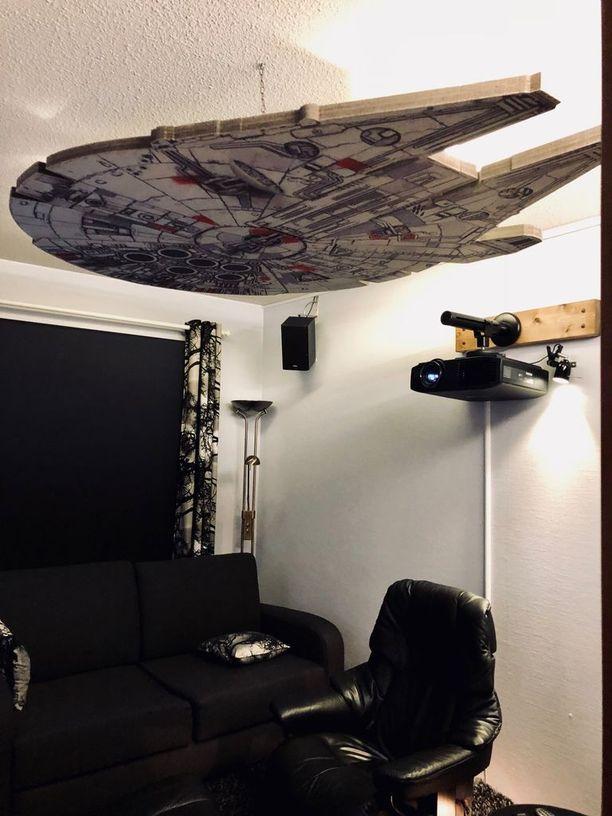 Tältä näyttää Star Wars -fanin tv-huone.
